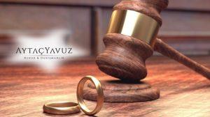 Avukat Tutmanız İçin Nedenler